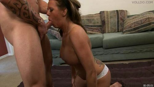 New whore tell about dude that creeped on her and titty fucked her for cash 6