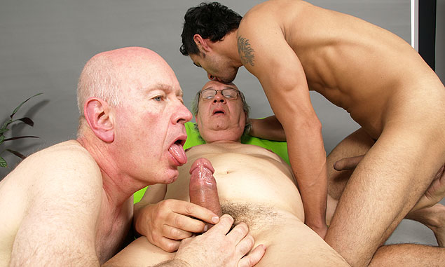 gay black guys sucking bog fat monster dicks
