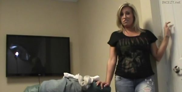 Staci Fallon Mommy Blows Best