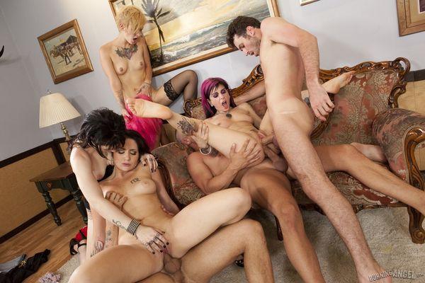 порно галереи групповуха